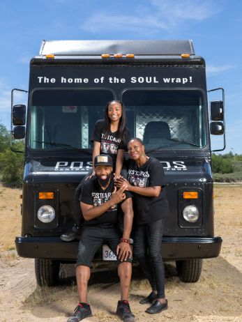Postcards Food Truck Team., Food Network's The Great Food Truck Race 2015.