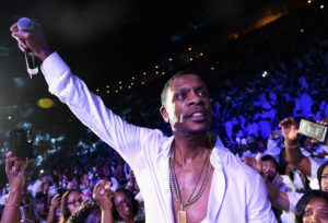 Keith Sweat performs at the Freedom Friday Concert during the 2016 State Farm Neighborhood Awards.