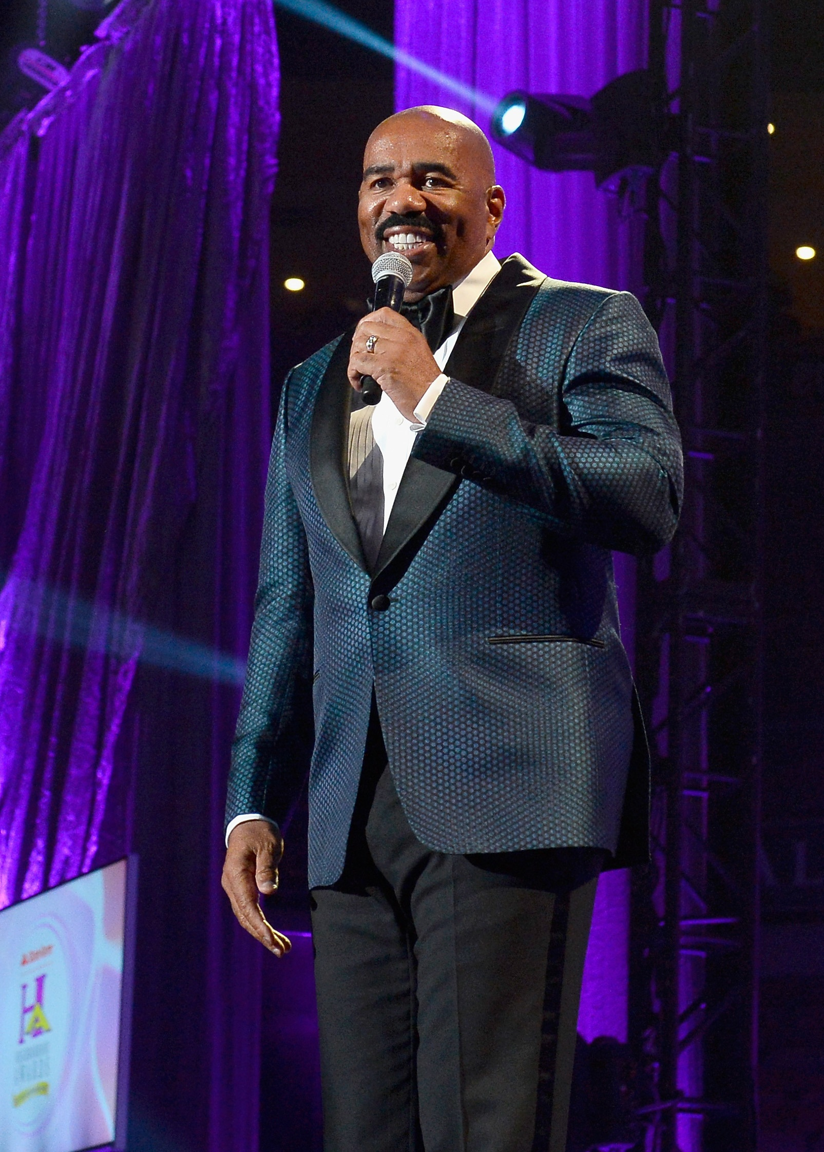 Steve harvey speaks at the 2016 State Farm Neighborhood Awards in Las Vegas.